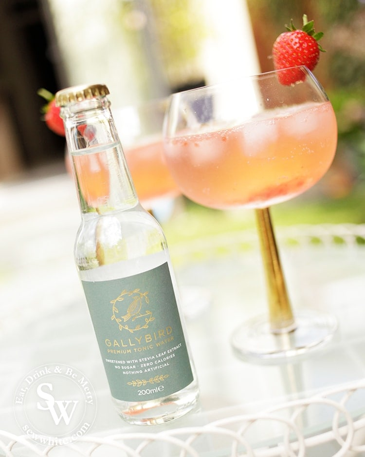 Strawberry Jam Gin and Tonic made with mixing jam in to gin and topping up with gallybird premium tonic water.