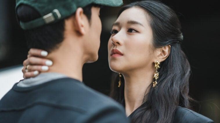 It's Okay To Not Be Okay' Episodes 1-2 Fashion: Seo Ye-Ji As Ko ...