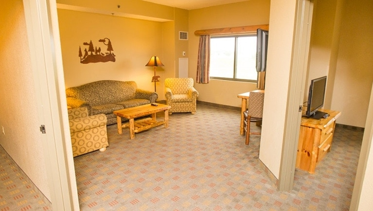 Great Wolf Lodge grizzly bear suite