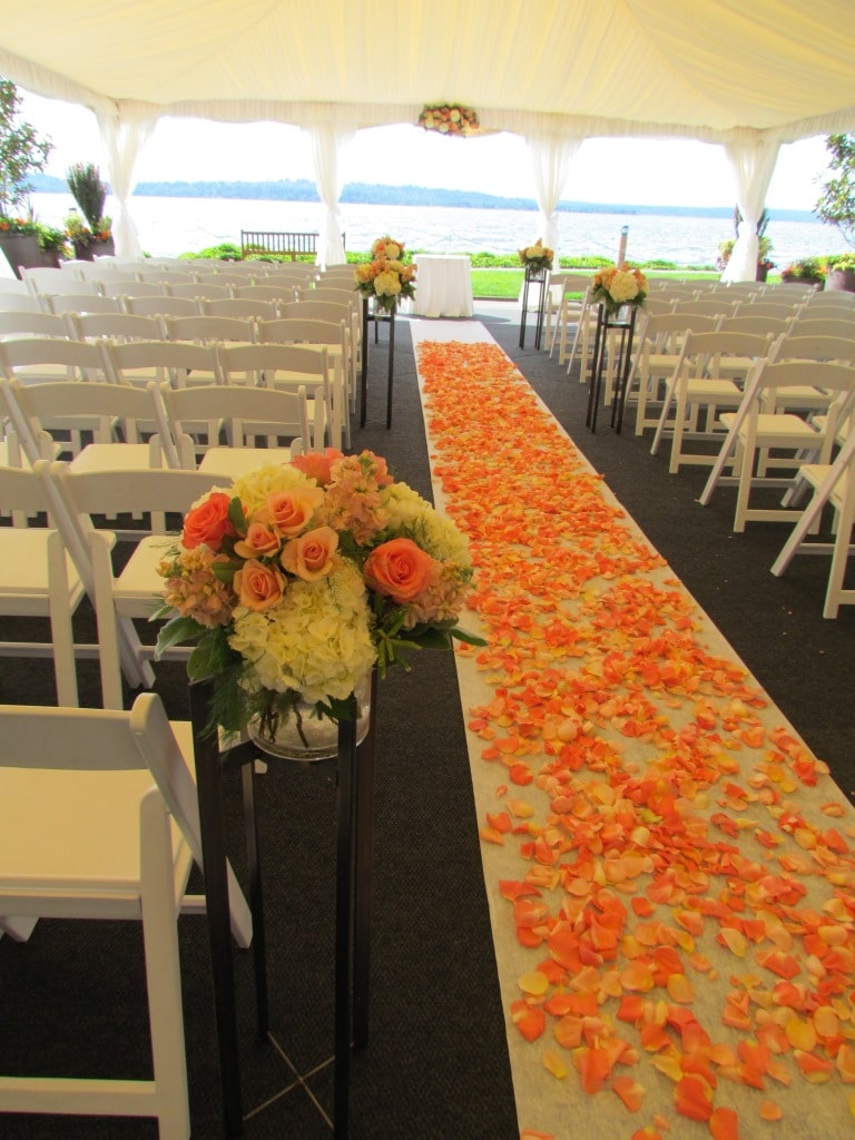 Aisle Flowers with stand. woodmark hotel.