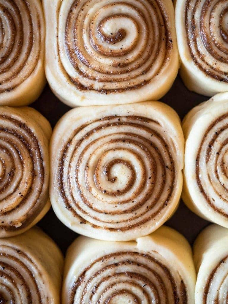 Earl grey cinnamon rolls