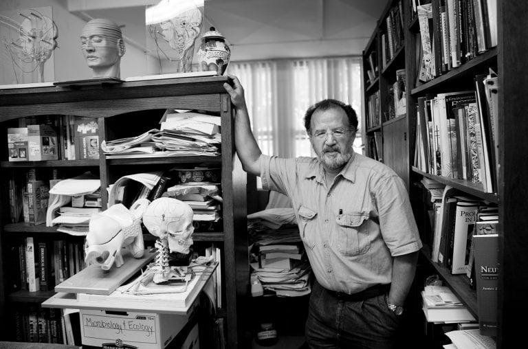 professor-scientist-man-portrait-headshot-juliati-photography