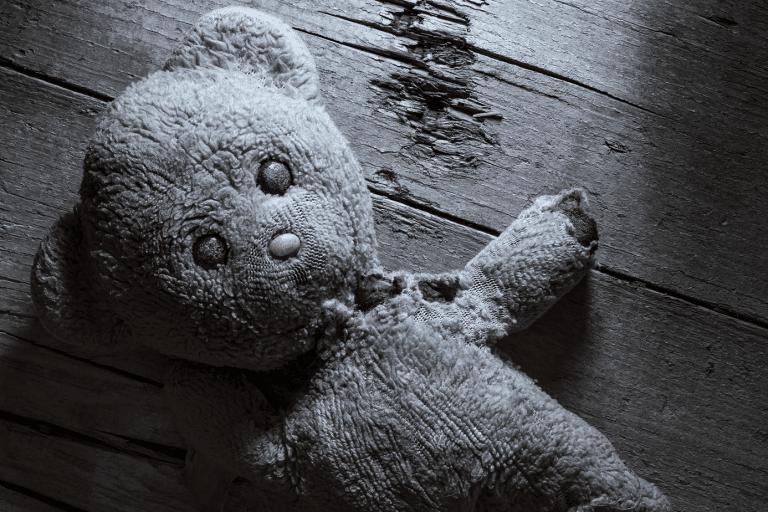 La maltraitance infantile des tout-petits, 20 fois par jour…