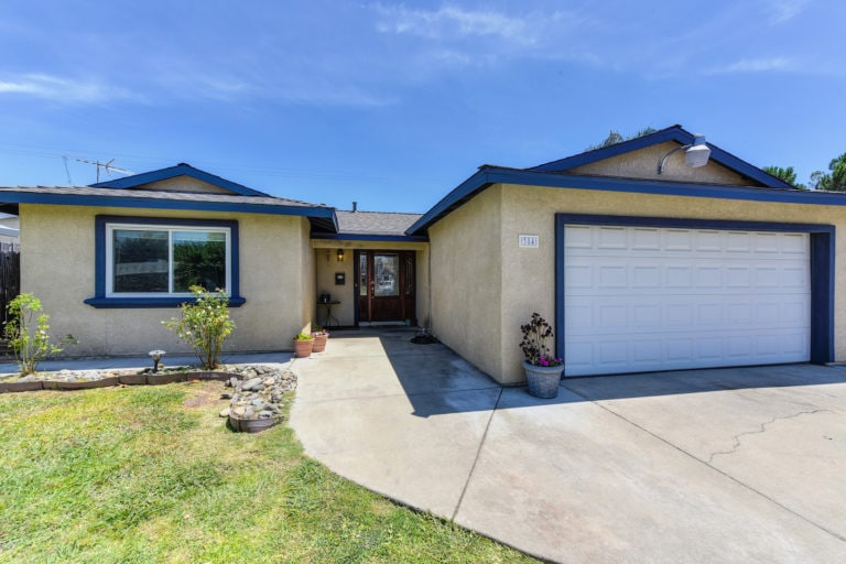4 384 du bois ave sacramento for sale listing front house tight