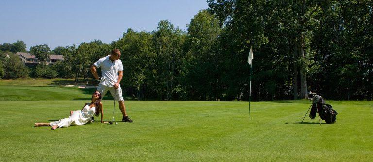 westchester-golf-couple-photos-juliati-photography