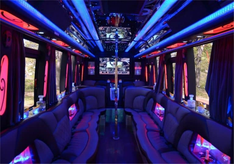 Party-Bus-Rental-768x537