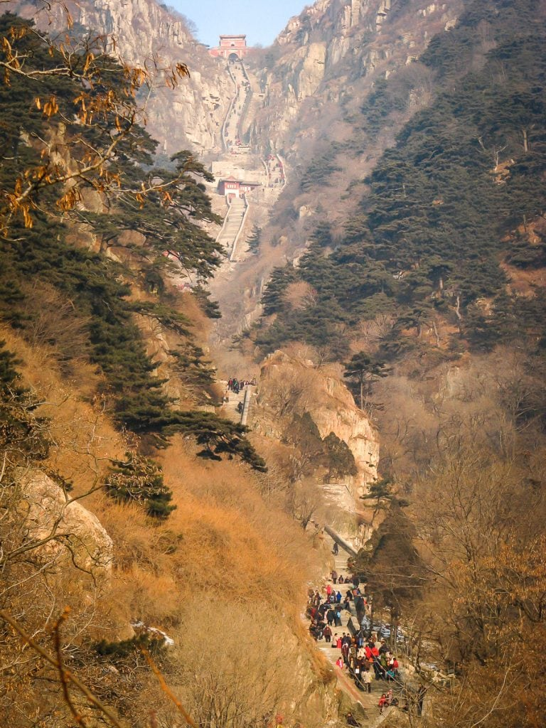 Hiking trail on Taishan