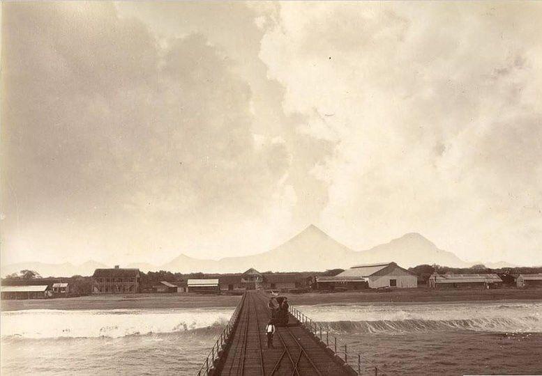 Muelle de Puerto Champerico