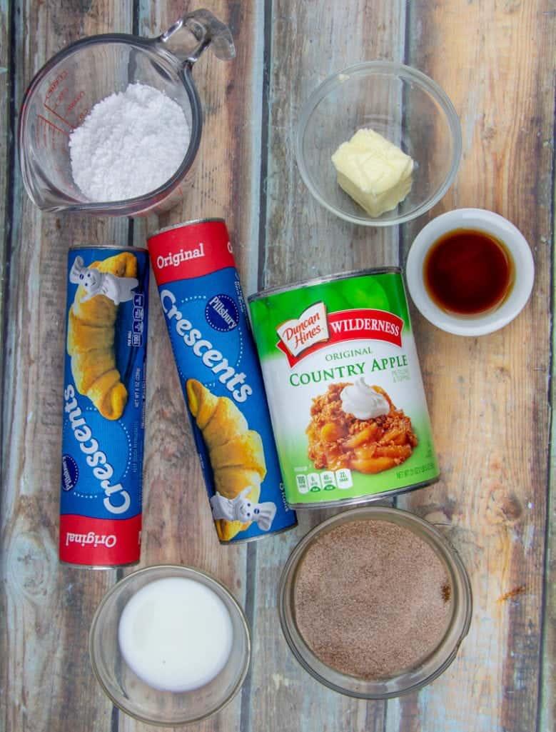 crescent rolls, apple pie filling, vanilla extract, sugar, cinnamon, butter