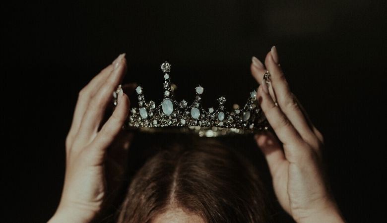 Worthy is the Lamb: Self-worth illustrated with a woman wearing a crown