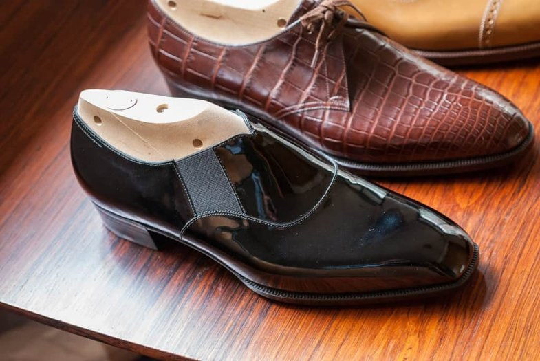 As many do Marquess also cut open their fitting shoes.