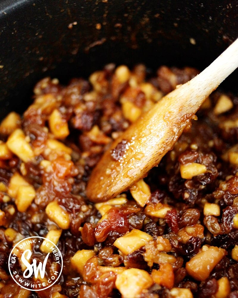 vegan mincemeat after being cooked in the slow cooker for an hour.