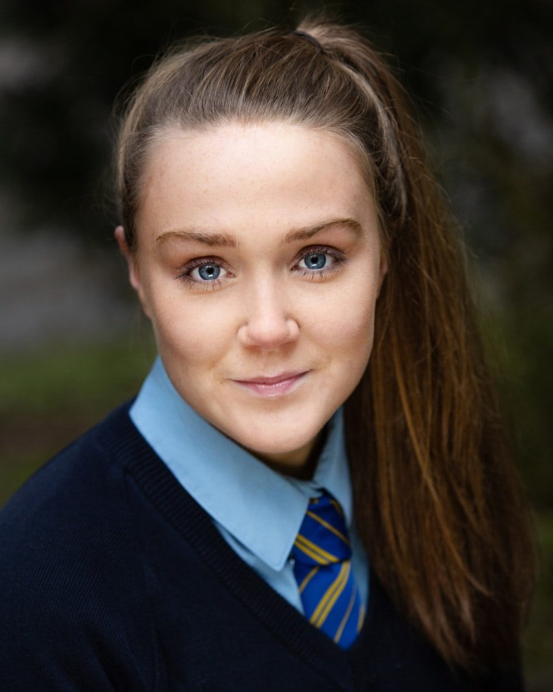 headshot of this young actress in manchester