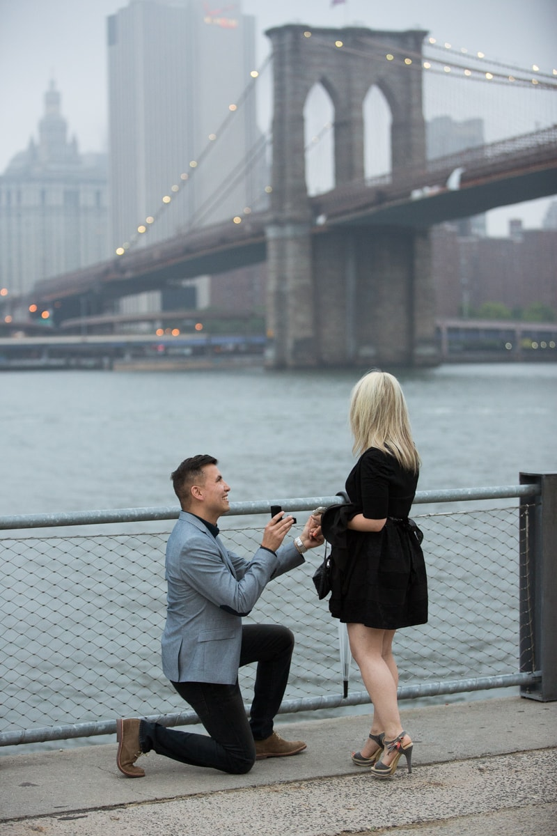 Photo 7 marriage proposal by Brookyn Bridge | VladLeto