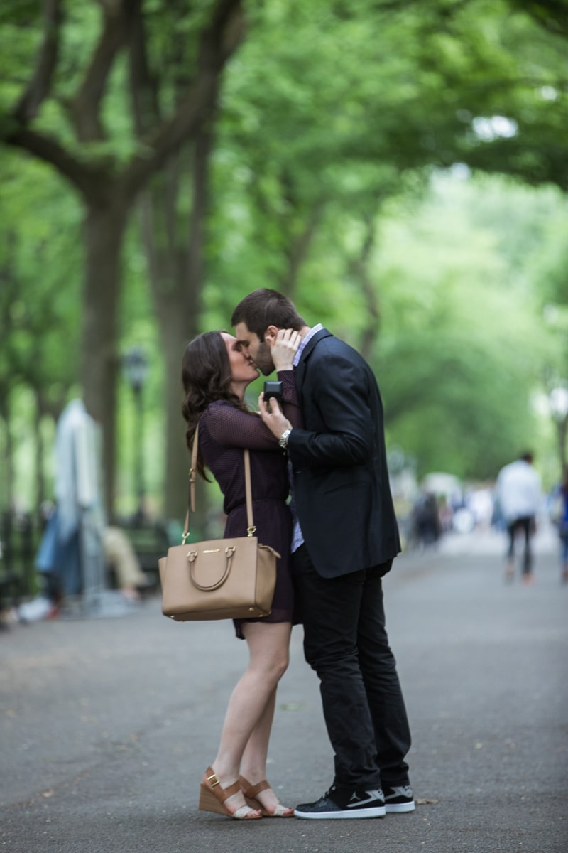Photo 7 Secret marriage proposal in The Mall, Central Park | VladLeto