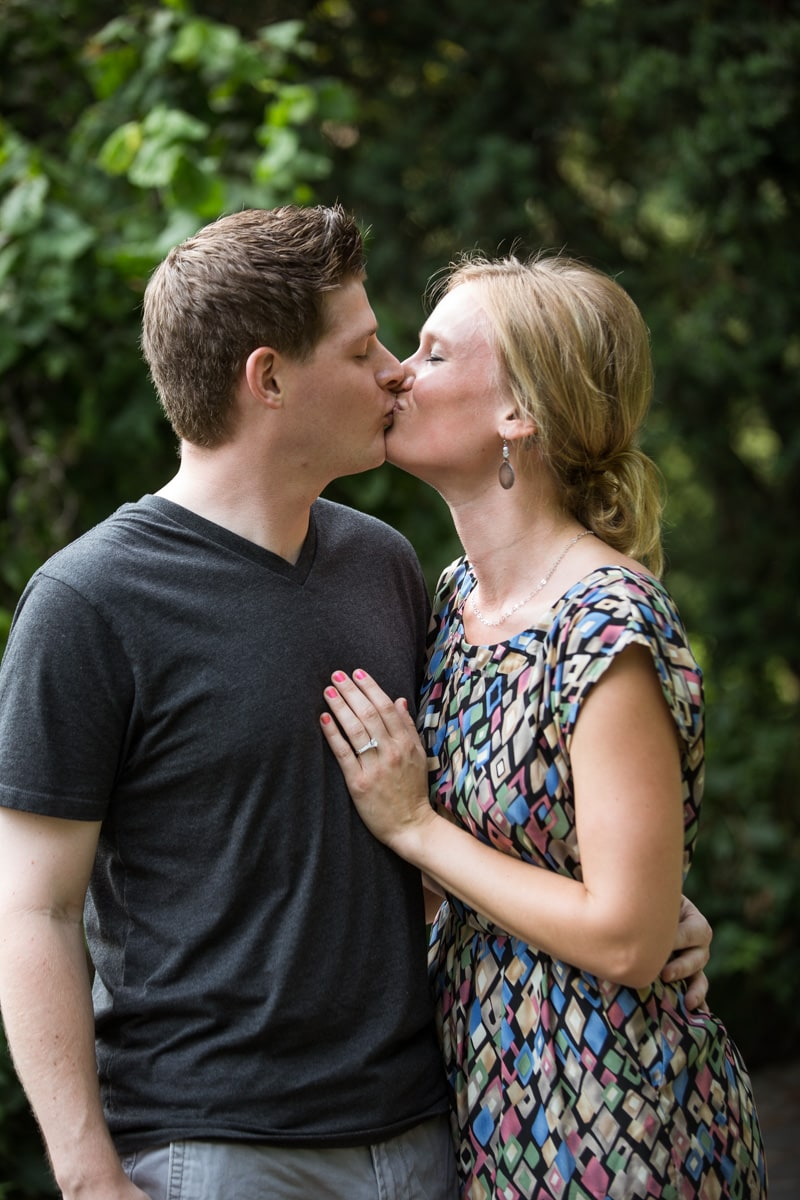 [Shakespeare Garden Marriage Proposal]– photo[5]