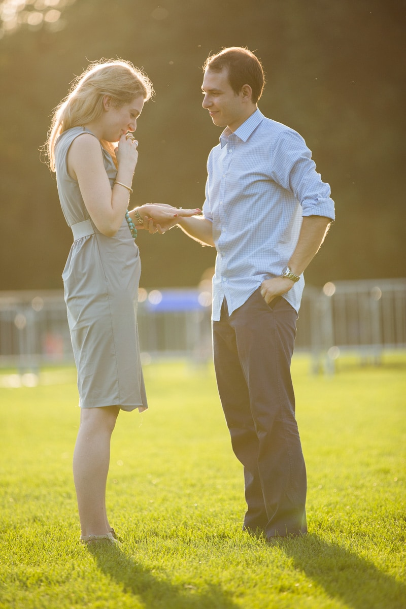 [Central Park marriage proposal]– photo[8]