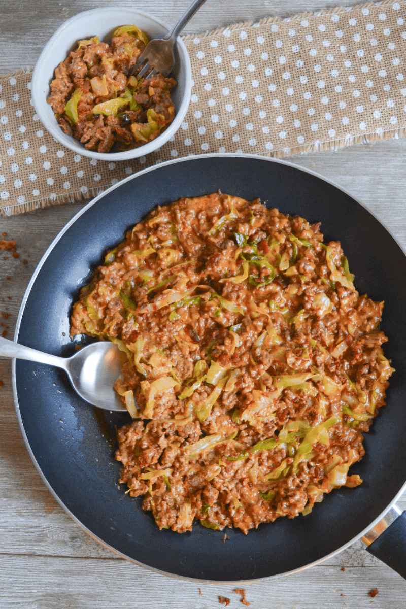 This Keto Cheeseburger Helper is a nostalgic meal with more nutrients and fewer carbs than the classic favorite. My family gobbled it up as quickly as I made it! | heyketomama.com