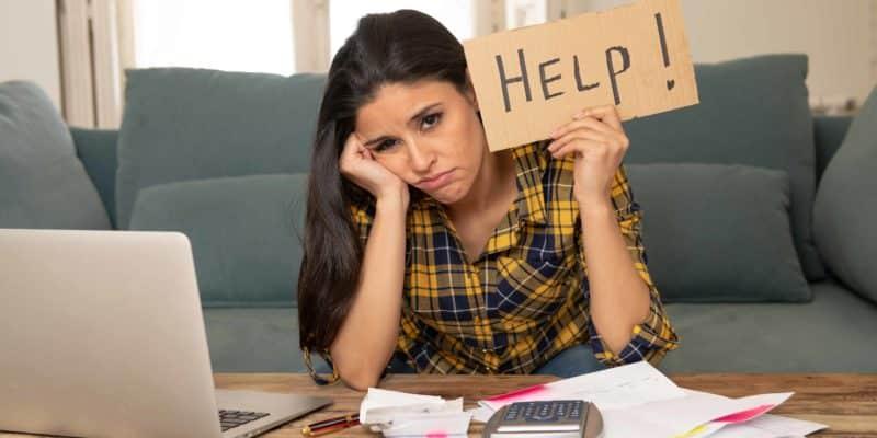 woman wonders how to make money on gofundme