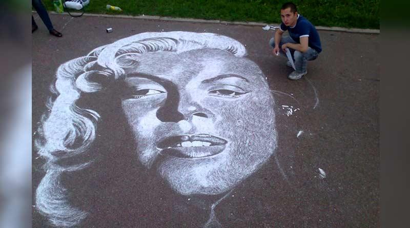 Merlin Monro. Chalk portrait by Rustam Valeev