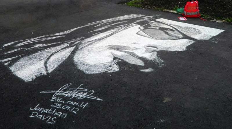 Chalk portrait of Honathan Devis by Rustam Valeev