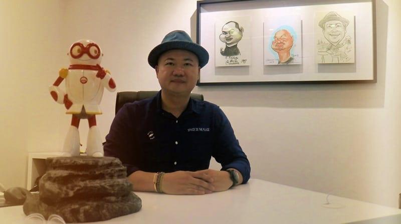 Basuki Surodjo kelahiran Jember, sukses dengan buku Yang Muda Yang Kaya