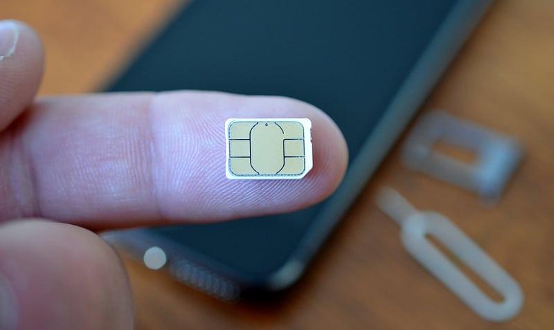 iPhone Says No SIM Card, Invalid SIM, Or SIM Card Failure - How To Fix 2