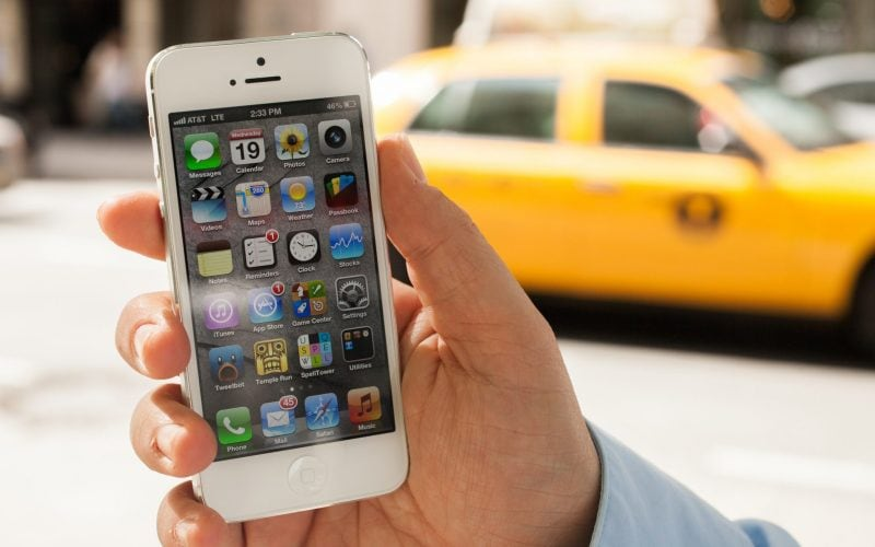How To Fix iPhone Can't Send Or Receive Texts From Non-IPhones 2