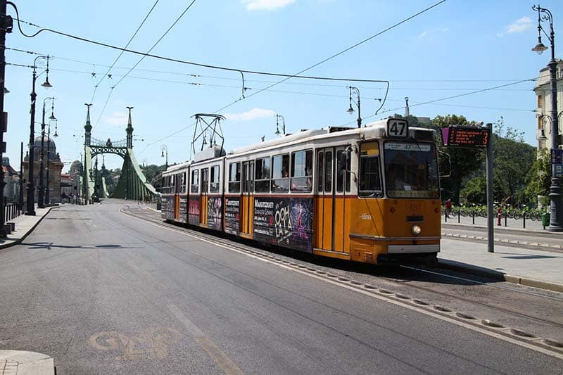 illustration jitesh patel Budapest Summer Holiday
