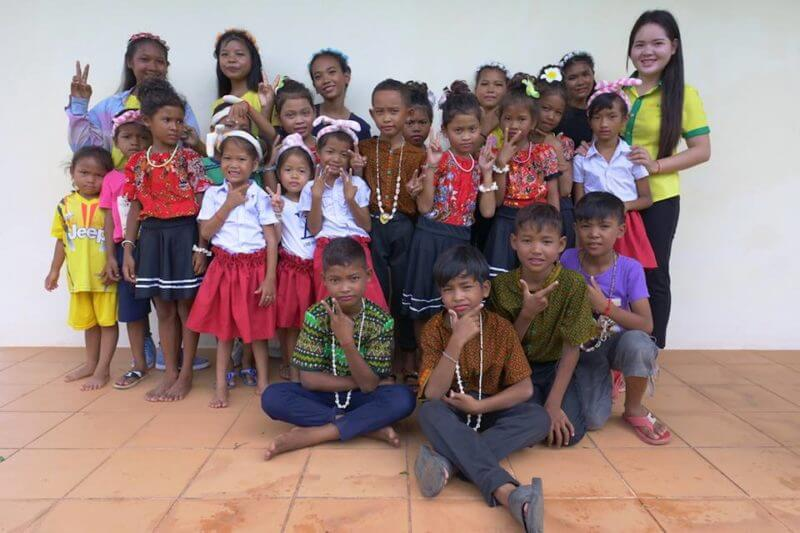 Khmer Kinder sind in einer Schule