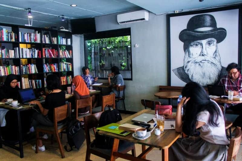 cafe di jogja, cafe brick, legend coffee, epic coffee, daftar menu blanco coffee and books, blanco coffee and books jogja menu, blanco coffee medan, coffee and book jogja,