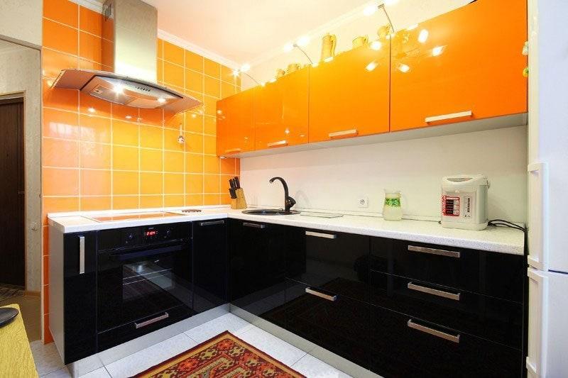 обои под оранжевую кухню