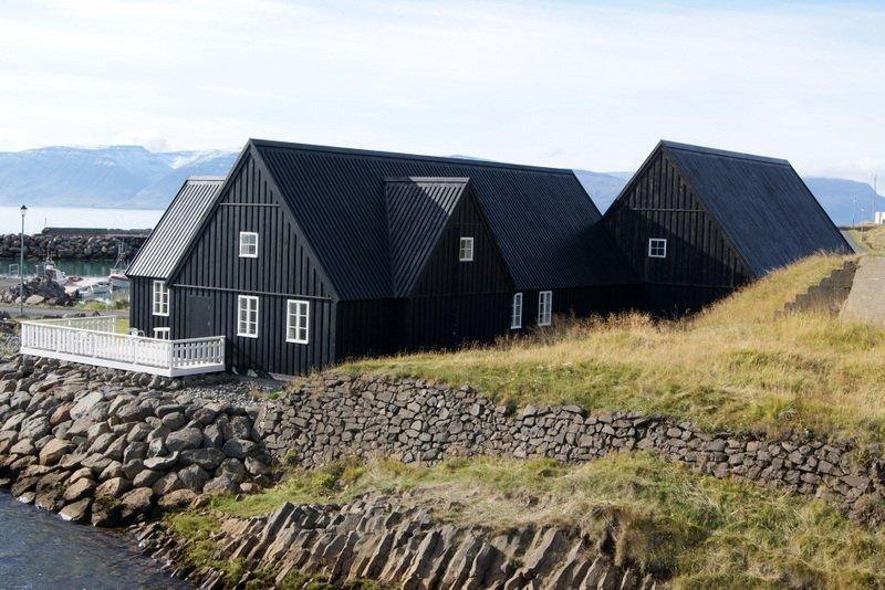 Best-of-North-Iceland - Northwest-Iceland-Hofsós.jpg