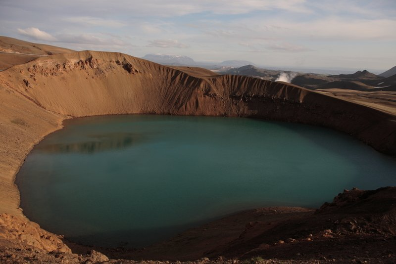 Best-of-North-Iceland - Viti-Crater-near-Lake-Myvatn.jpg