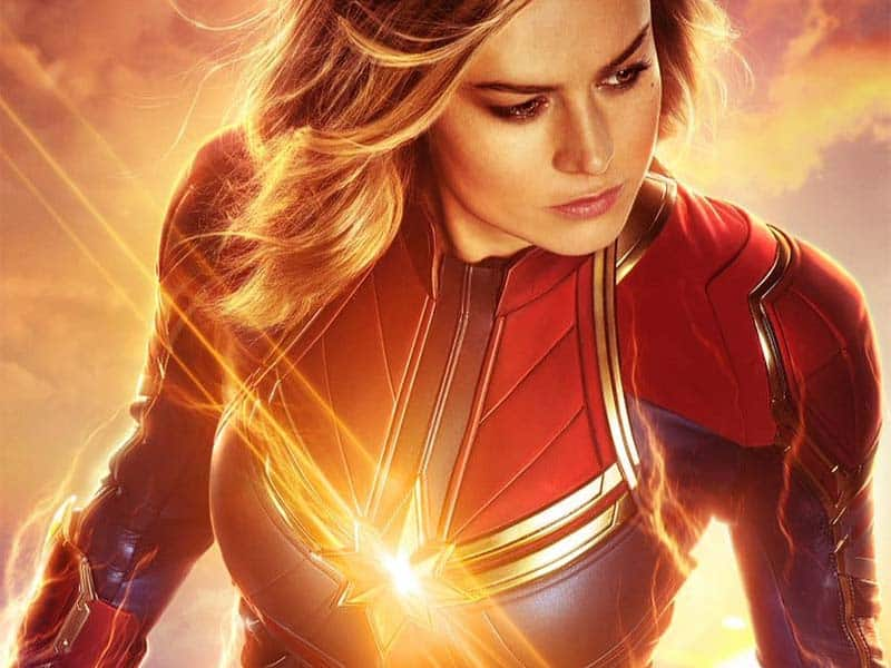 poster film captain marvel oleh RealD 3D