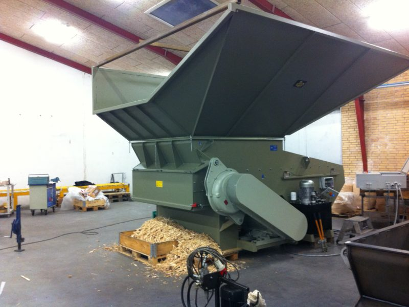Special Hopper Magazine With Wood Shredder Before Shipping