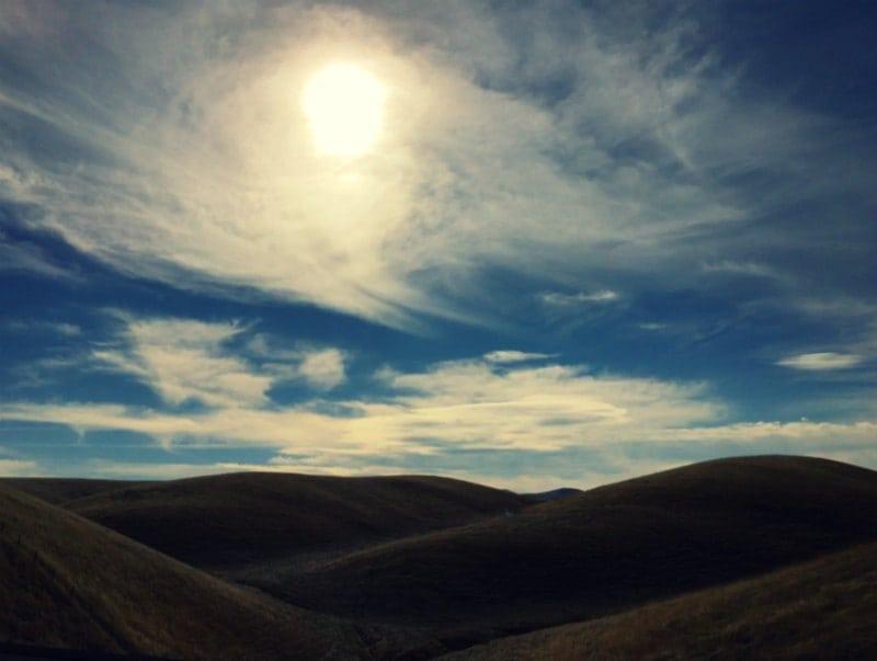 hills-clouds-sun-i5-cross-process