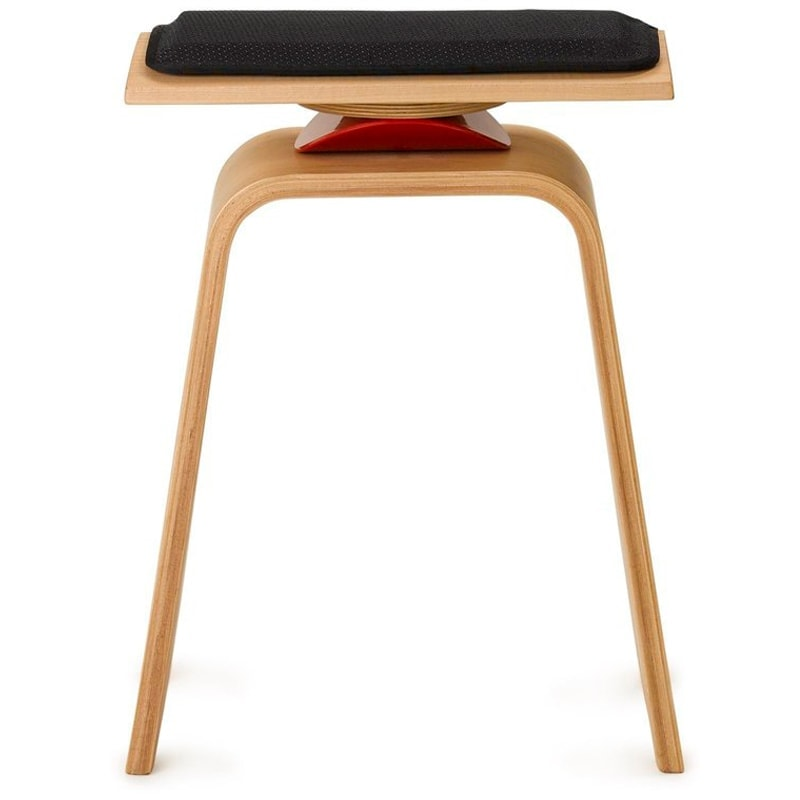cleo active chair by QOR360
