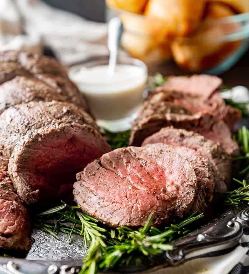 beef tenderloin with horseradish sauce