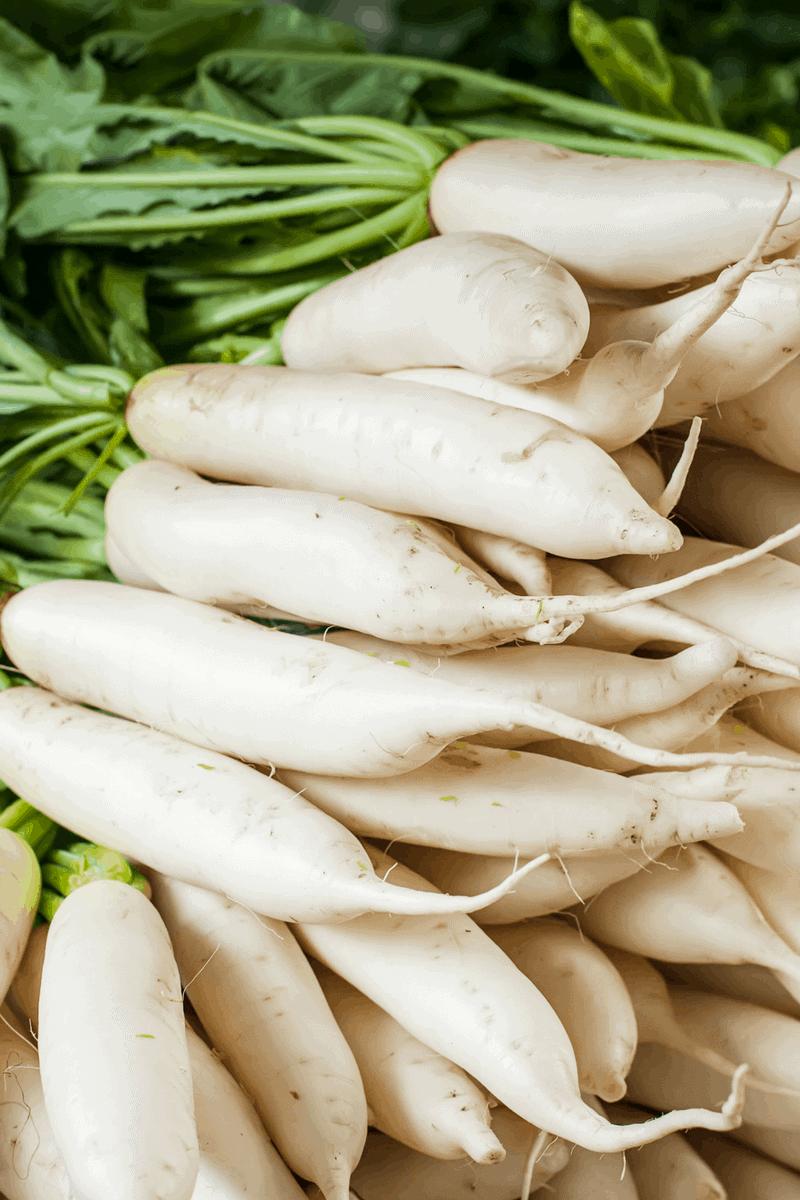 "Cheesy ""Potato"" Casserole (Low Carb, THM-S, Keto) #trimhealthymama #thms #lowcarb #keto #cheesypotatoes #fauxpotatoes #lowcarbpotatoes"