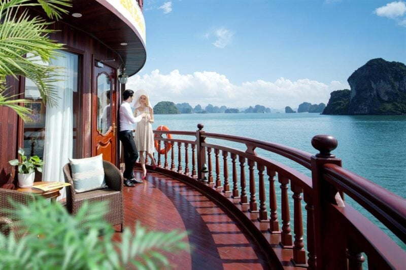 Enjoy A Romantic Journey With your Partner