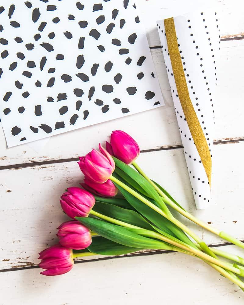 Valentins Blumen schön verpacken