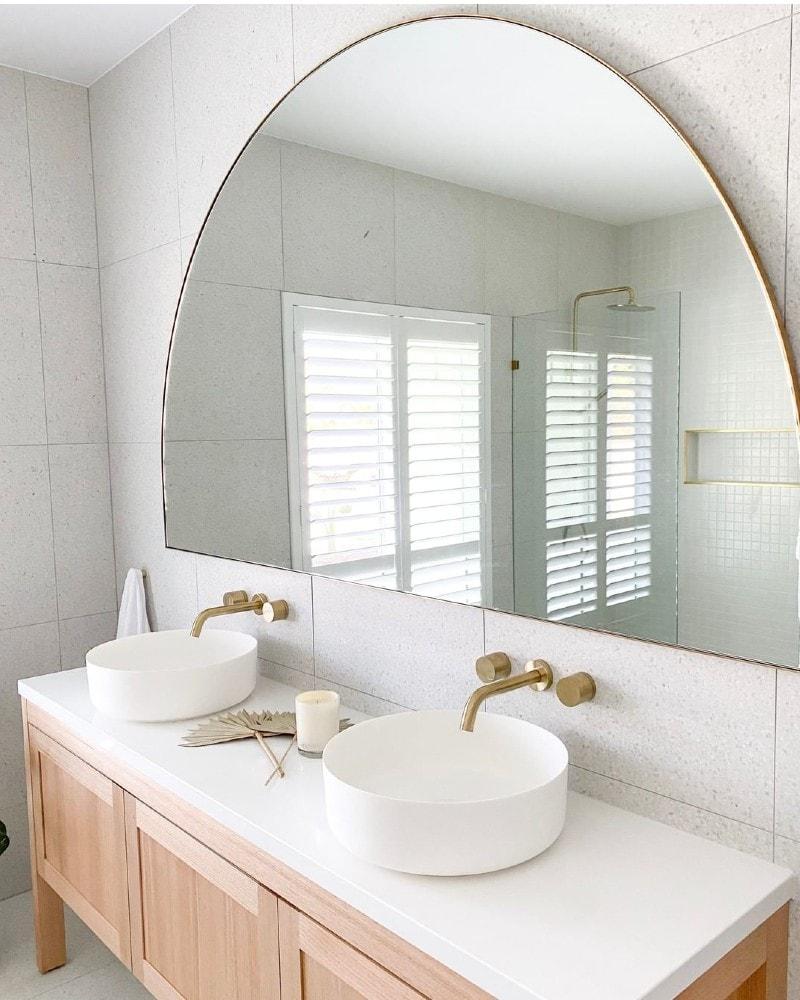 luxurious bathroom, create a luxurious bathroom, bathroom, luxury bathroom, luxury, bathroom restyle, bathroom style, bathroom styling, easy bathroom updates, bathroom updates, bathroom reno, bathroom renovation, bathroom renovation tips, bathroom tapware, luxury bathroom tapware, showerhead, shower head, rain shower head, double shower head, hand held shower head, mirror, mirrors, basin, bathroom basin, towel rail, bathroom towel rail, bathroom hand towel ring, hand towel ring, hand towel holder, robe hook, robe hooks