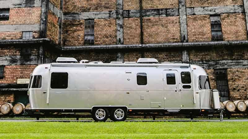 Airstream classic with more headspace