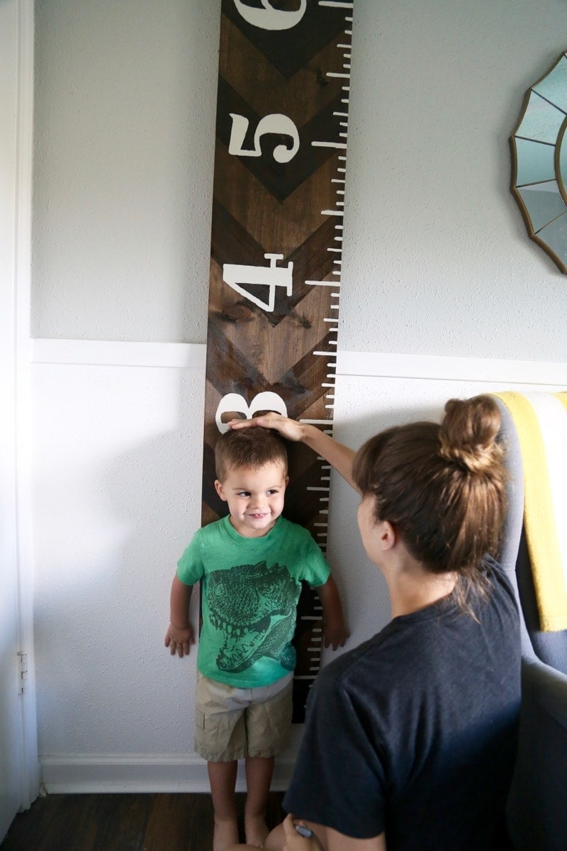 Using DIY growth chart ruler