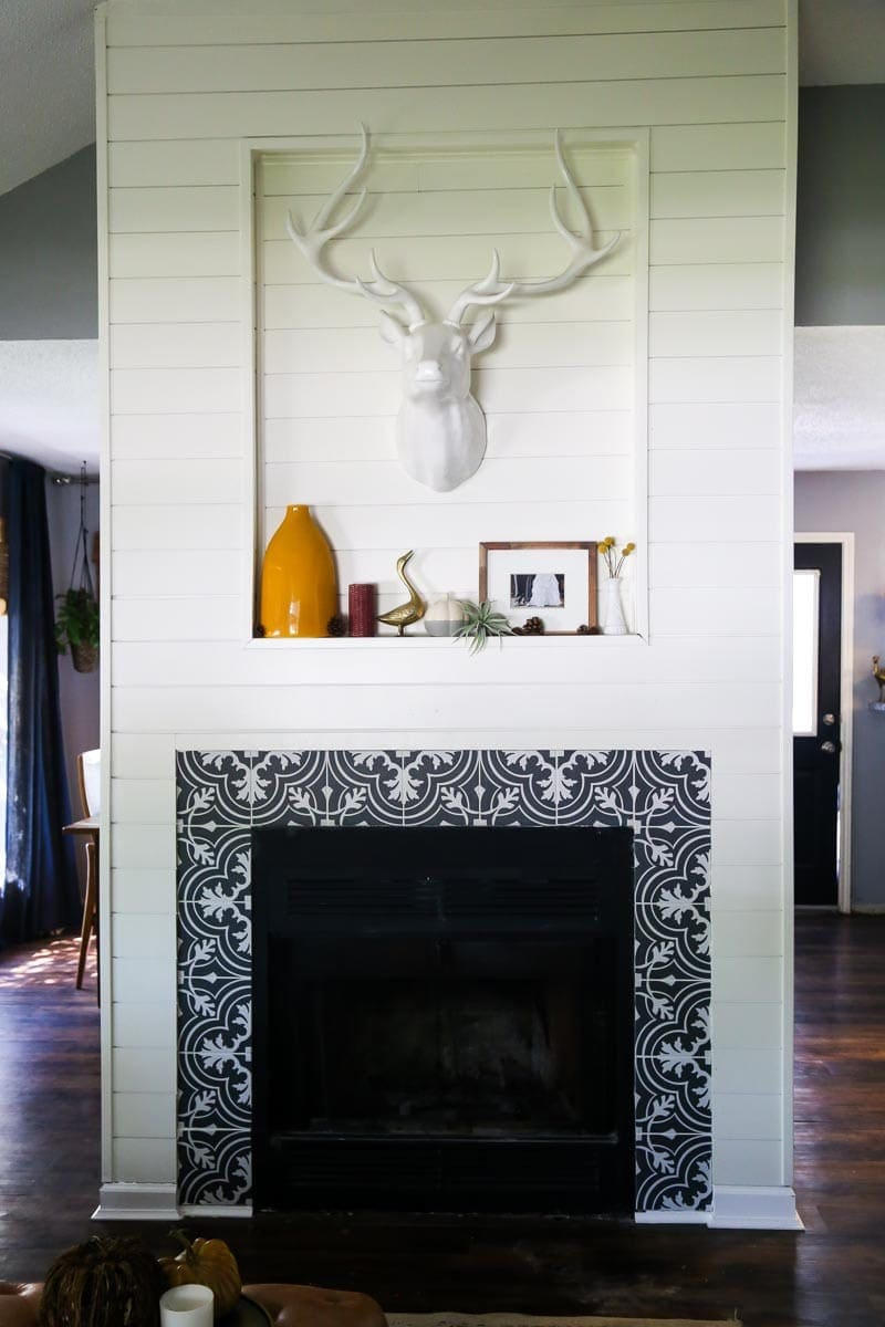 Easy DIY fireplace makeover - how to totally transform your fireplace with shiplap!