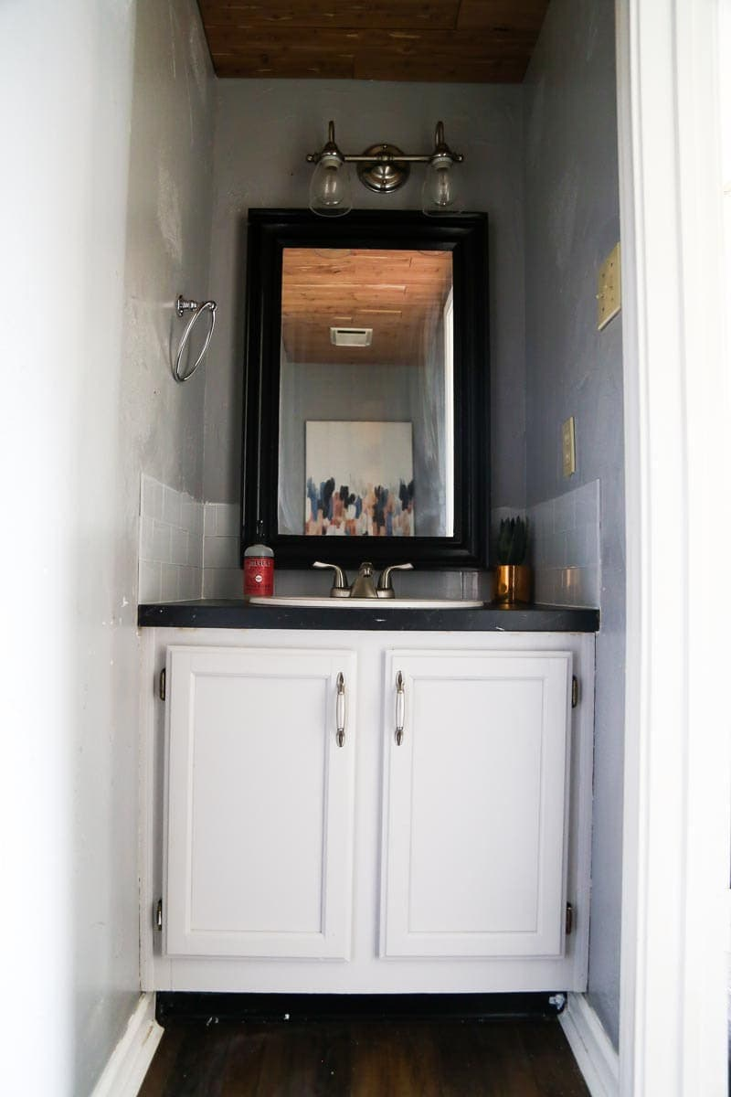$100 Room Challenge - A gorgeous and easy powder room renovation for just a few hundred dollars
