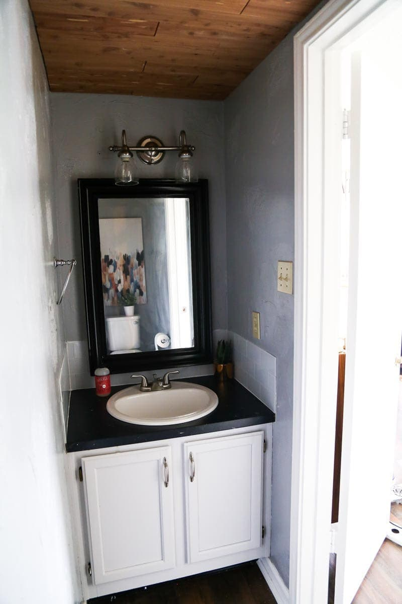 A simple and affordable powder room makeover