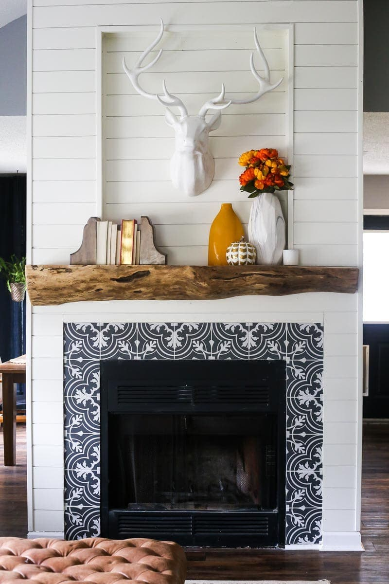 diy rustic mantel