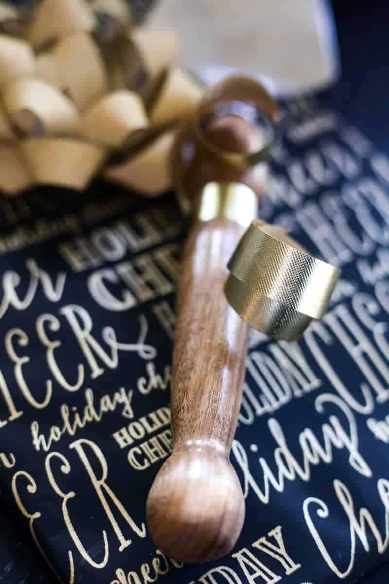 diy woodworking gift ideas - pie server